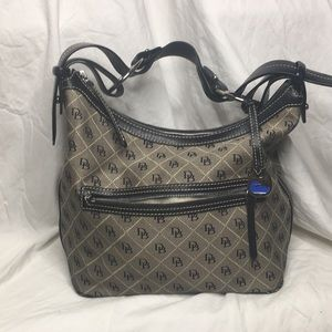 🔥Dooney and Bourke monogram Hobo